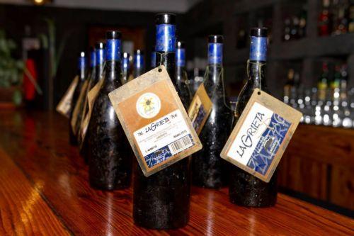 Studie über die Reifung eines Weines unter Wasser auf den Kanarischen Inseln